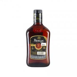 MEDELLIN brauner Rum -3 Jahre- Ron Añejo 3 Años 700ml 37,5% vol